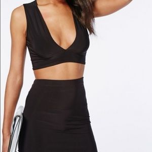 MISSGUIDED plunge crop top